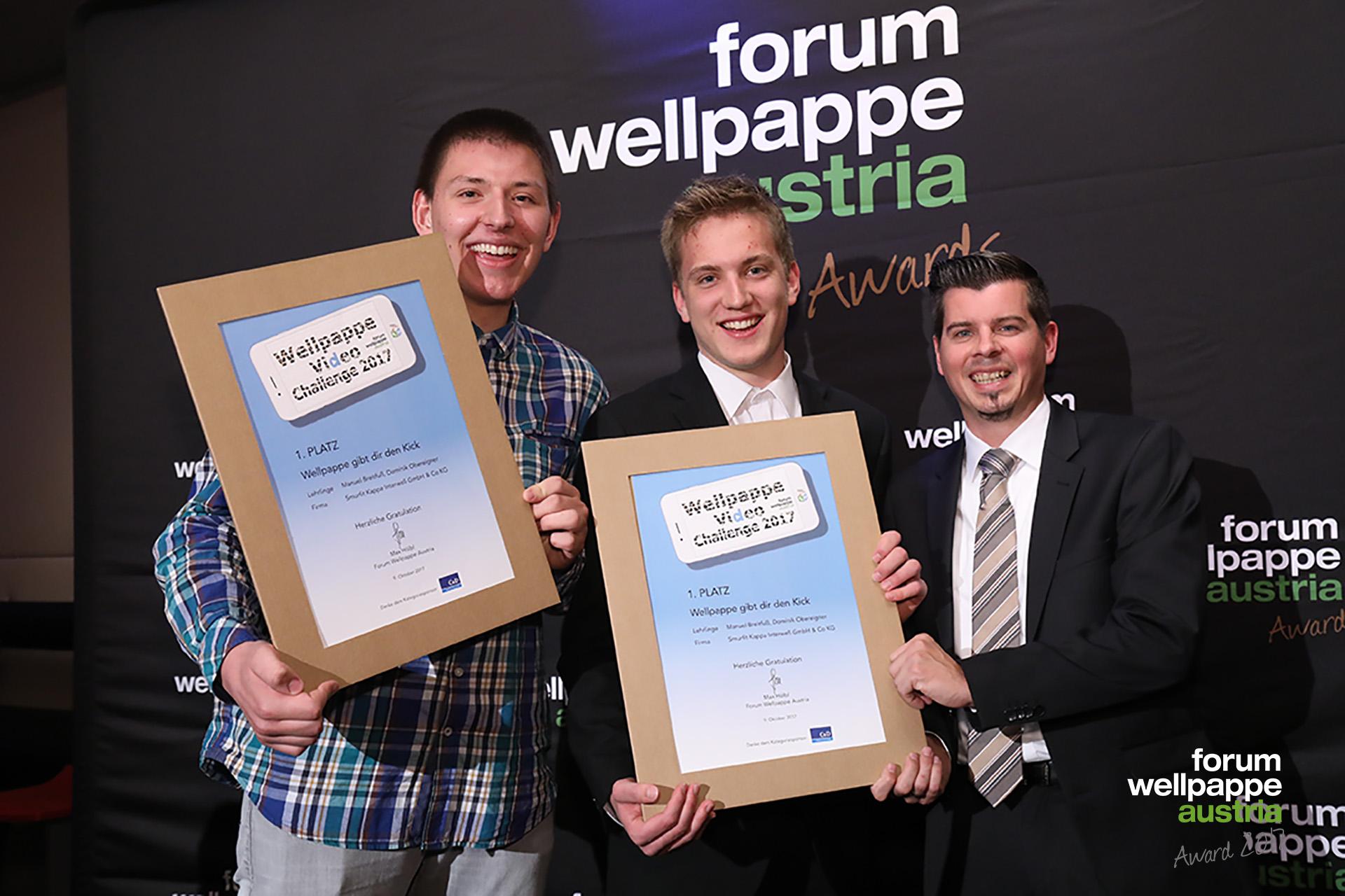 Wellpappe Award 2017 Gewinner Videochallenge M. Breitfuss D. Obereigner Smurfit Kappa Interwell © L. Schedl