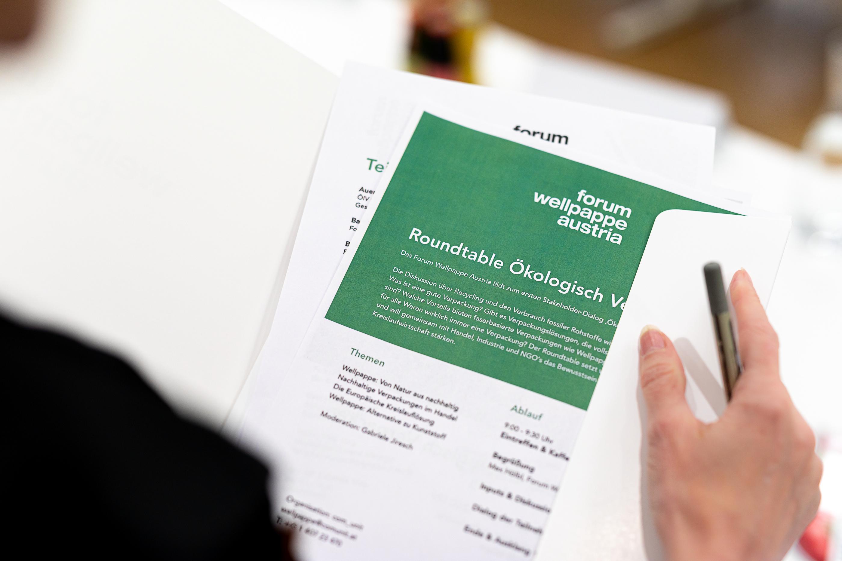 Roundtable Unterlagen © L.Schedl