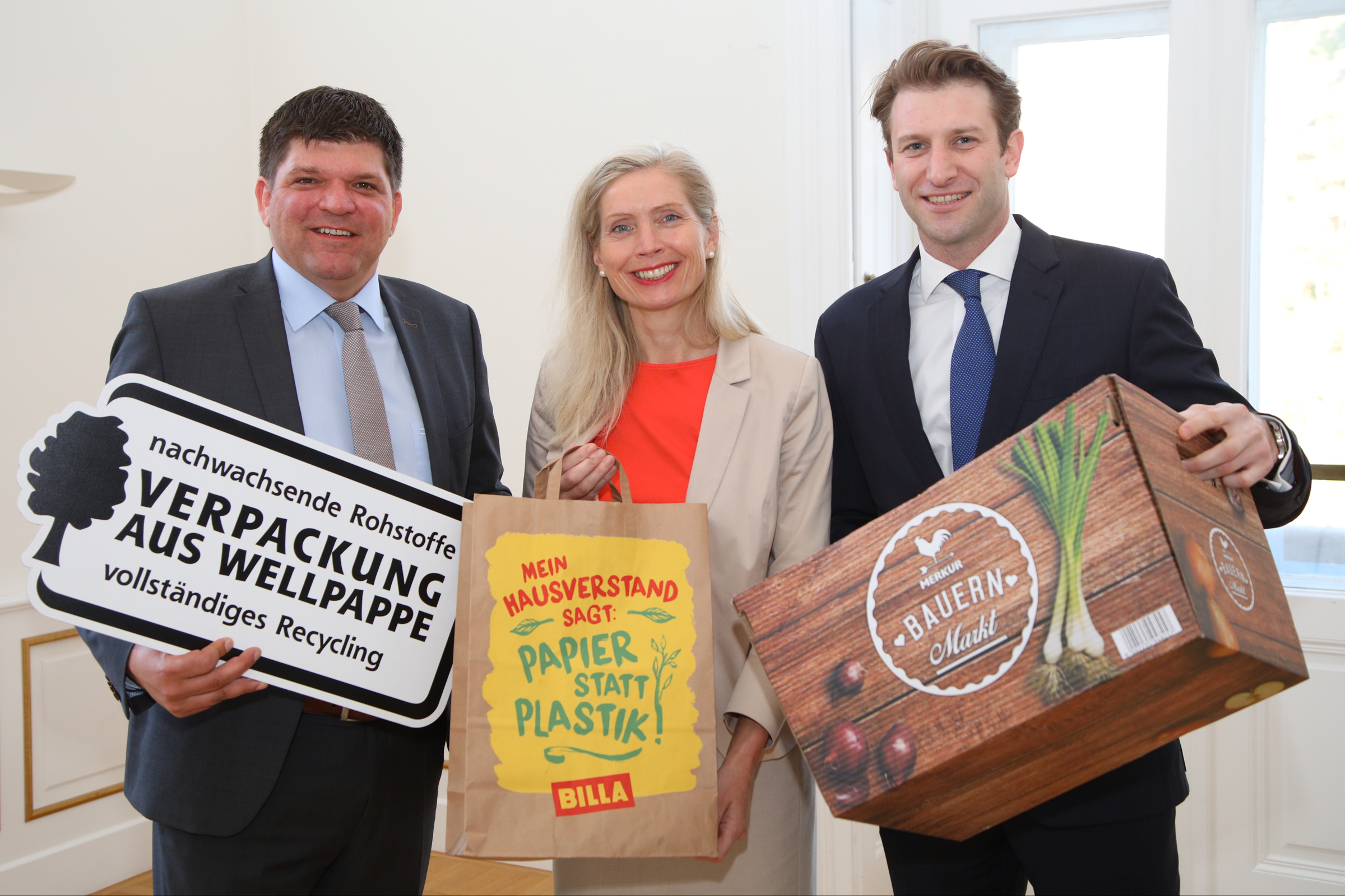 Wellpappe Pressegespräch 2017: Stephan Kaar, Tanja Dietrich-Hübner, REWE Group, Max Hölbl, Forum Wellpappe Austria © L. Schedl